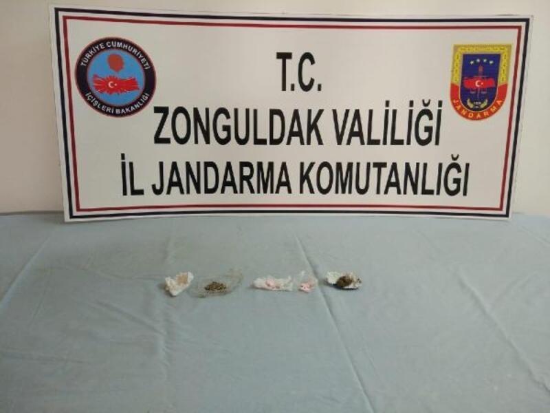 Zonguldak'ta Hint keneviri ele geçirildi; 2 gözaltı