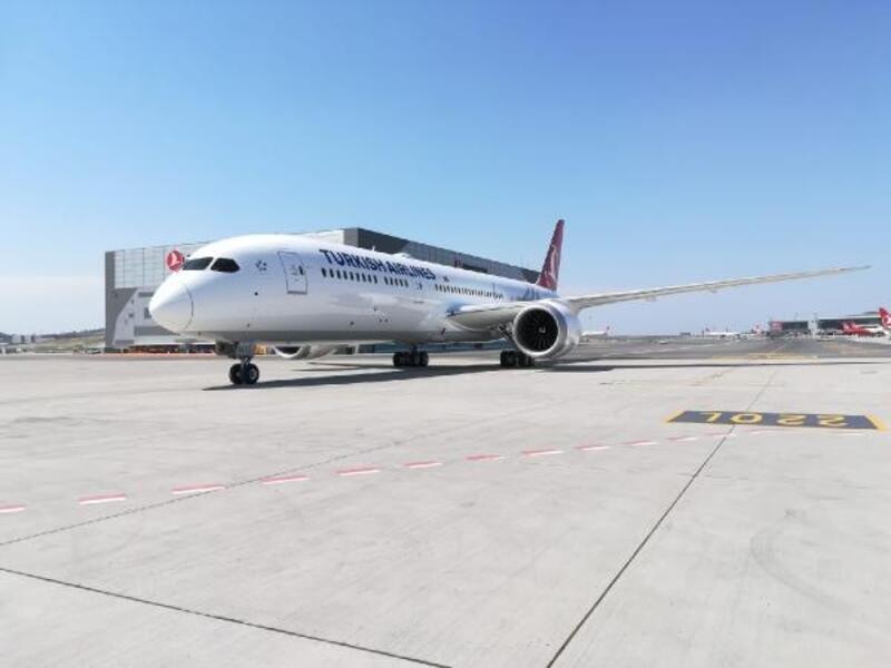 """THY'nin üçüncü """"rüya uçağı"""" İstanbul'da"""