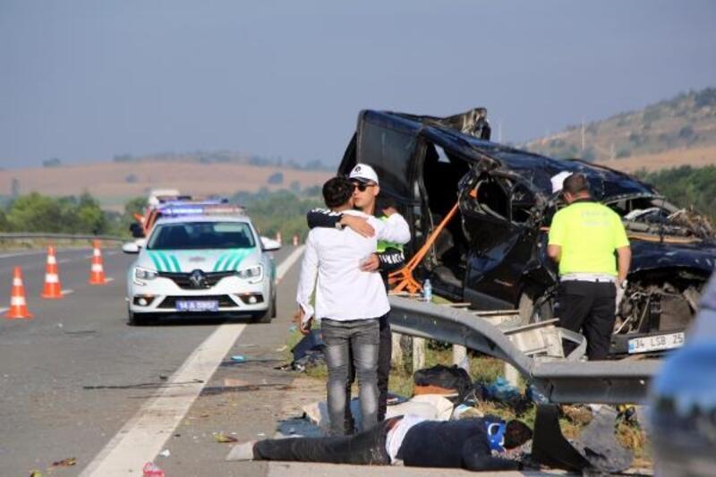 Bolu'da cenaze dönüşü kaza: 1 ölü, 10 yaralı