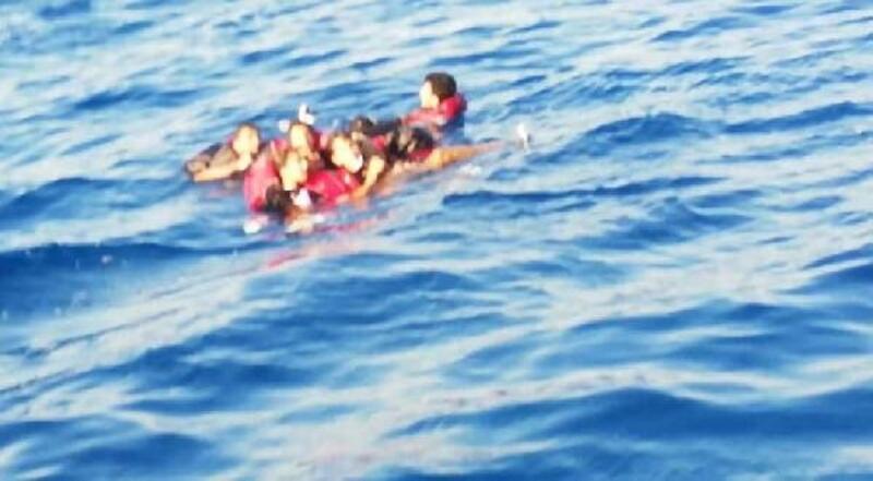 Bodrum'da batan göçmen teknesinde kaybolan çocuk aranıyor