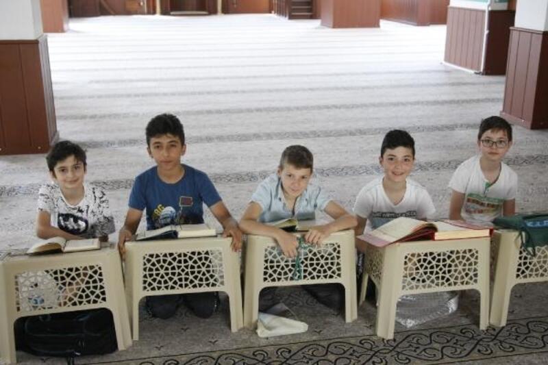 Yaz Kur'an kurslarında ikinci dönem başladı