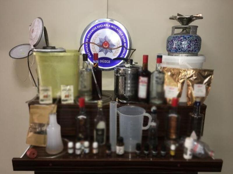 Düzce'de kaçak içki imalathanesi