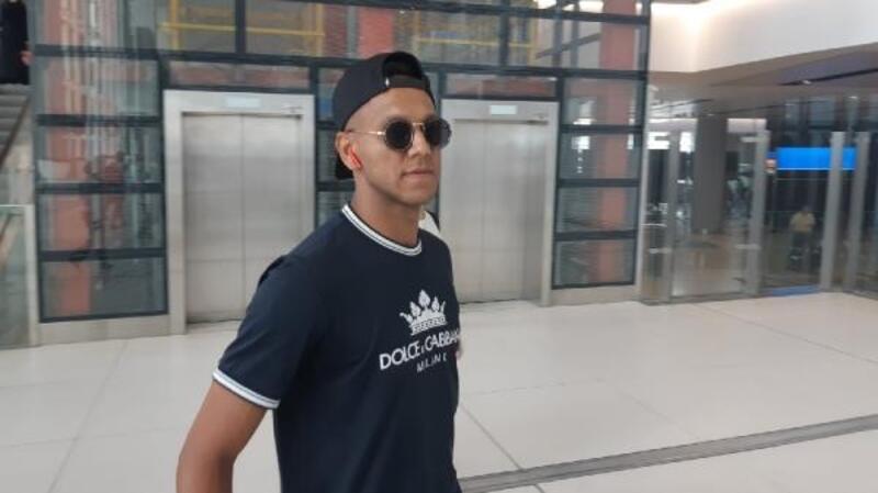 Fenerbahçe'nin eski futbolcusu Josef de Souza İstanbul'da
