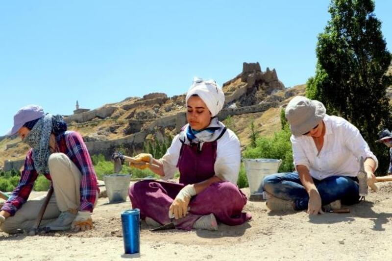 Doğu Anadolu'nun 7 bin yıllık yerleşme tarihi ortaya çıkarılıyor