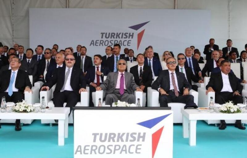 Anka, Hürkuş ve Atak, Malezya Başbakanı için uçtu
