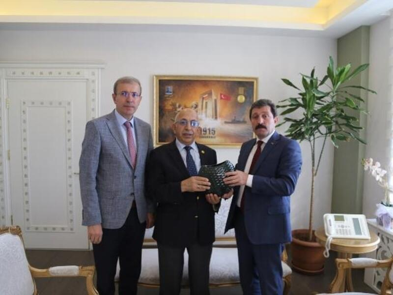 Rektör Murat, Vali Tavlı'yı ziyaret etti