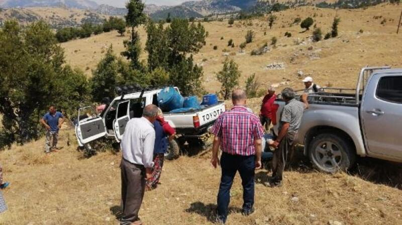 Freni boşalan araç uçuruma yuvarlandı