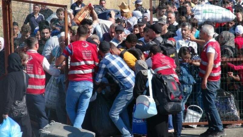 Suriyelilerin bayram izdihamı