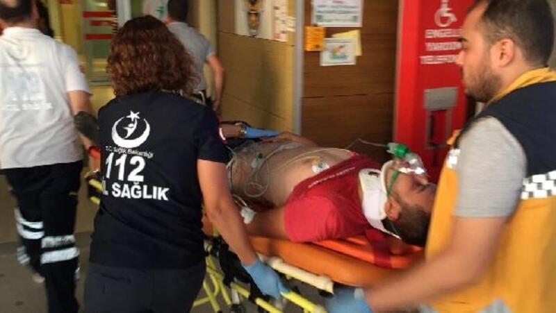 El frenini çekmeyi unuttuğu traktörün altında kalan çocuk yaralandı