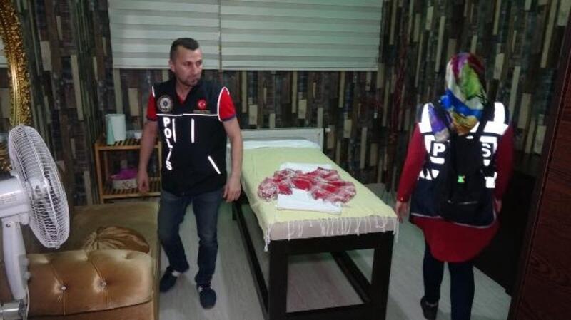 Bursa'da 150 polisle masaj salonlarına operasyon