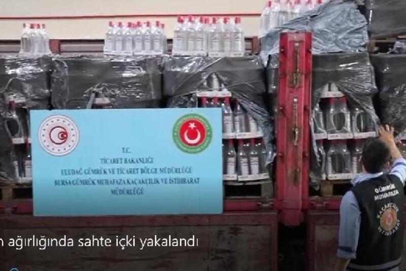 Bursa'da 6 ton ağırlığında sahte içki yakalandı