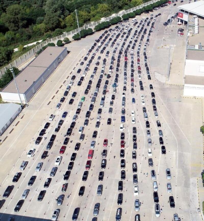 Kapıkule'den 560 bin gurbetçi giriş yaptı