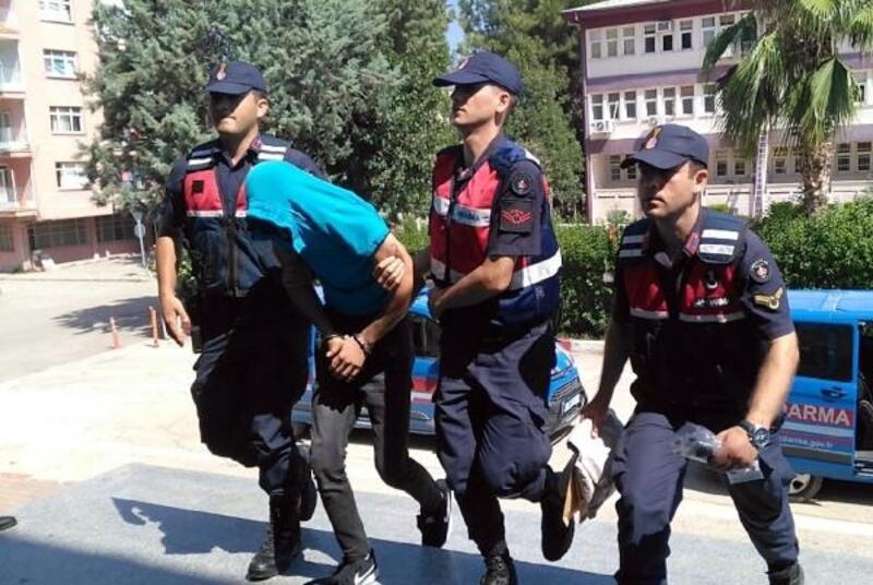 Ormanda ele geçen Hint kenevirine 4 tutuklama