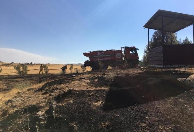 Nurdağı'nda yangında 2 hektarlık orman zarar gördü