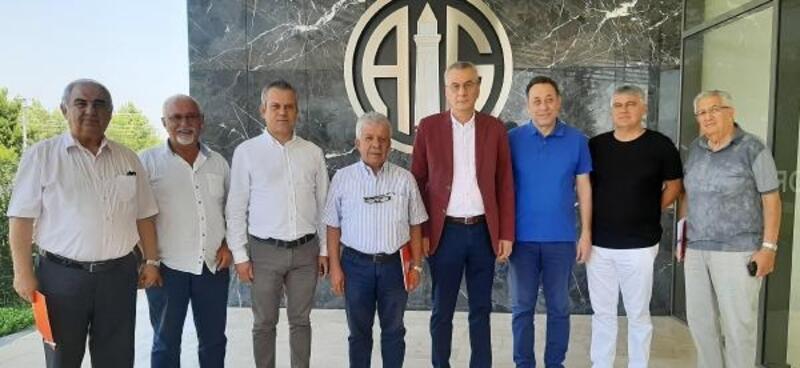 Antalyaspor Vakfı yeni başkanı Fikret Öztürk