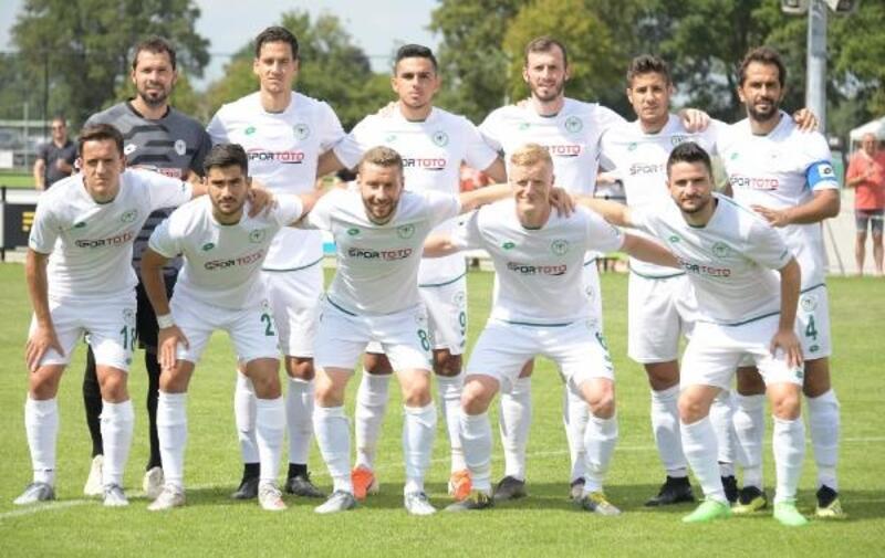Konyaspor, Twente'ye 1-0 mağlup oldu