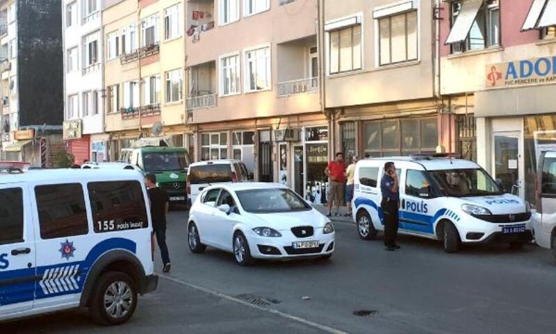 Silivri'de bir kişi yalnız kaldığı evde ölü bulundu