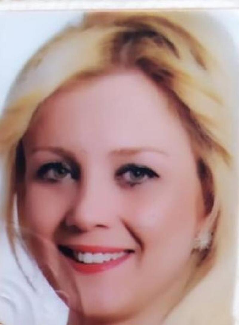 11'inci kattan düşen Pınar, öldü