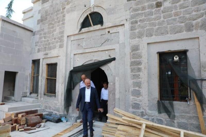 Kocasinan Belediyesi, 200 yıllık camiyi restore ettiriyor