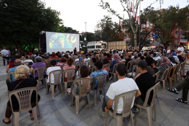 Yenimahalle'de sinema günleri hız kesmiyor