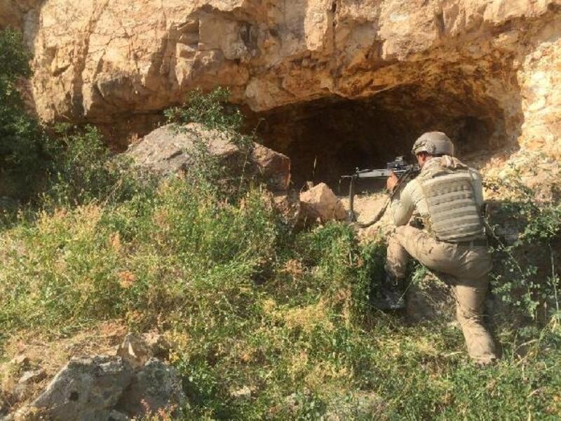 Erciş'te PKK sığınağı kullanılamaz hale getirildi