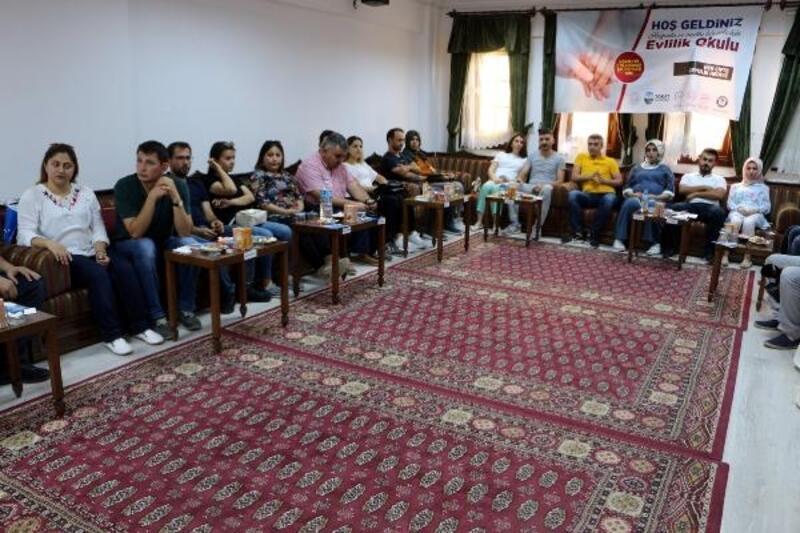 Tokat'ta 'Evlilik Okulu' açıldı