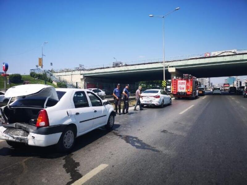 Pendik'te zincirleme trafik kazası