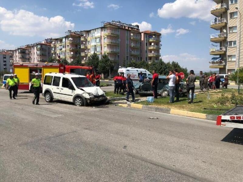 Isparta'da kaza: 5 yaralı