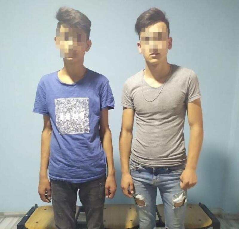 Bursa'da tekel bayisine giren hırsızlar yakalandı