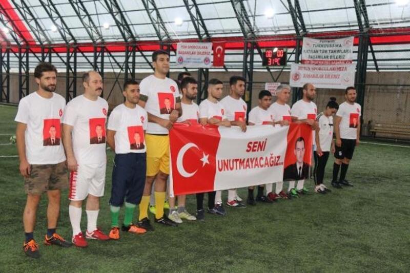 Bitlis'te şehit ve gazi aileleri, futbol turnuvasında buluştu