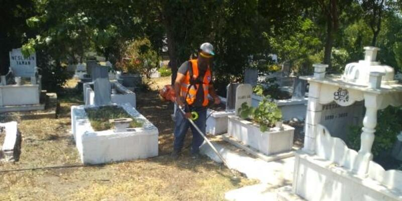 Mezarlıklara bayram bakımı