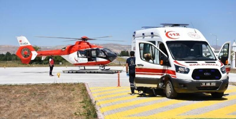 Kazada beli kırılan çiftçi için ambulans helikopter havalandı