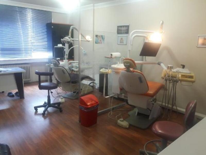 Bursa'da, Ürdünlü diş hekiminin kaçak muayenehanesine baskın