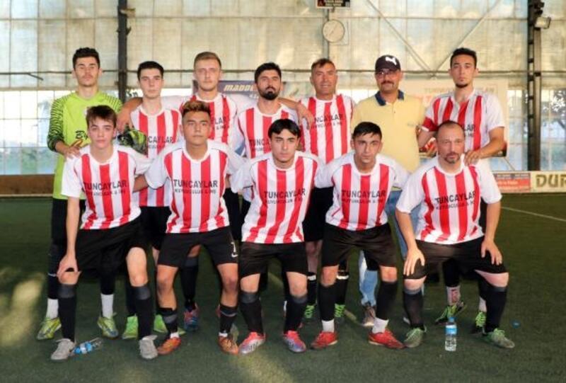Sandıklı'da şehitler için futbol turnuvası