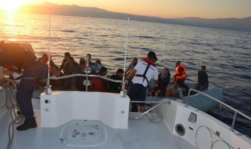 Kuşadası'nda 42 kaçak göçmen yakalandı