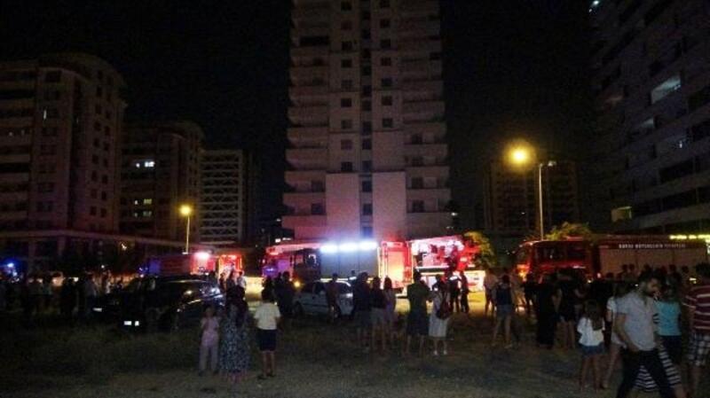 Bursa'da, 18 katlı binanın terasında korkutan yangın