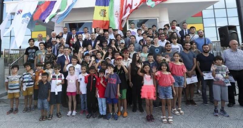 Bakan Kasapoğlu: Annelerin liderliğinde spor yapan toplum olacağız