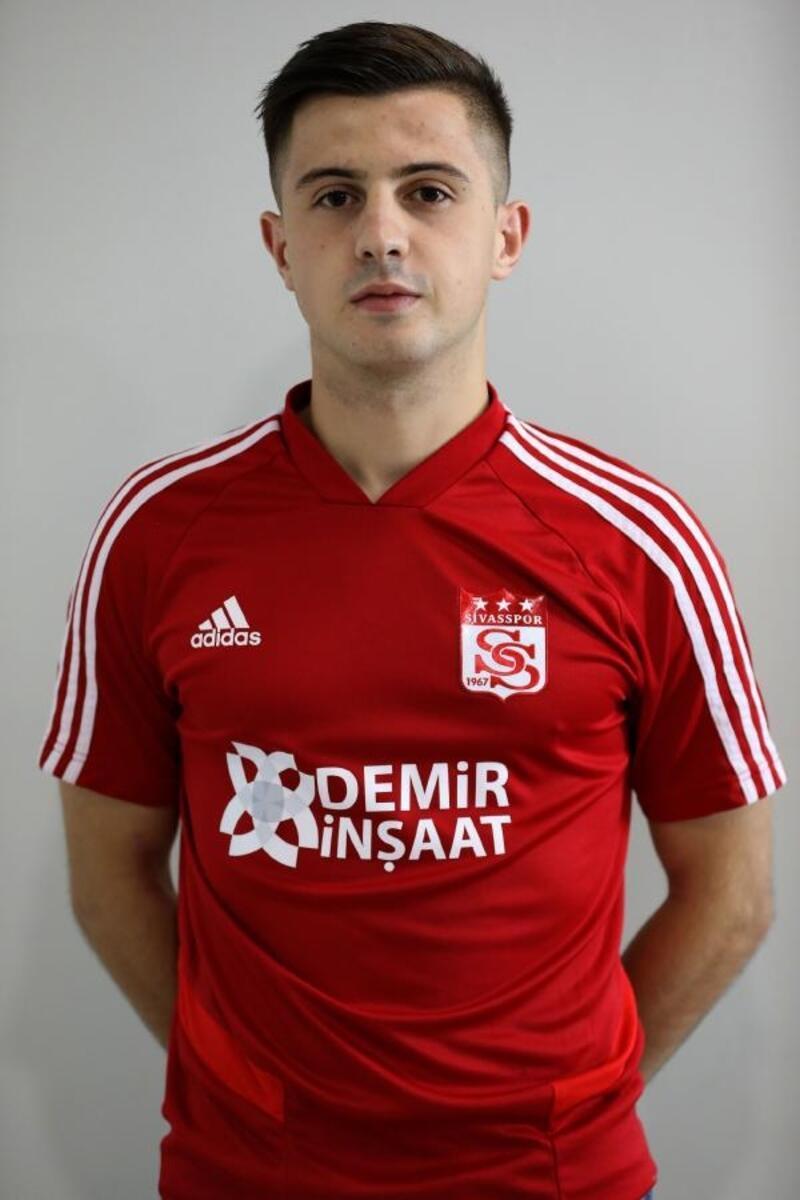 Sivasspor, Armin Djerlek ile 5 yıllık sözleşme imzaladı