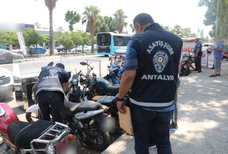 Antalya'da asayiş ve trafik uygulaması