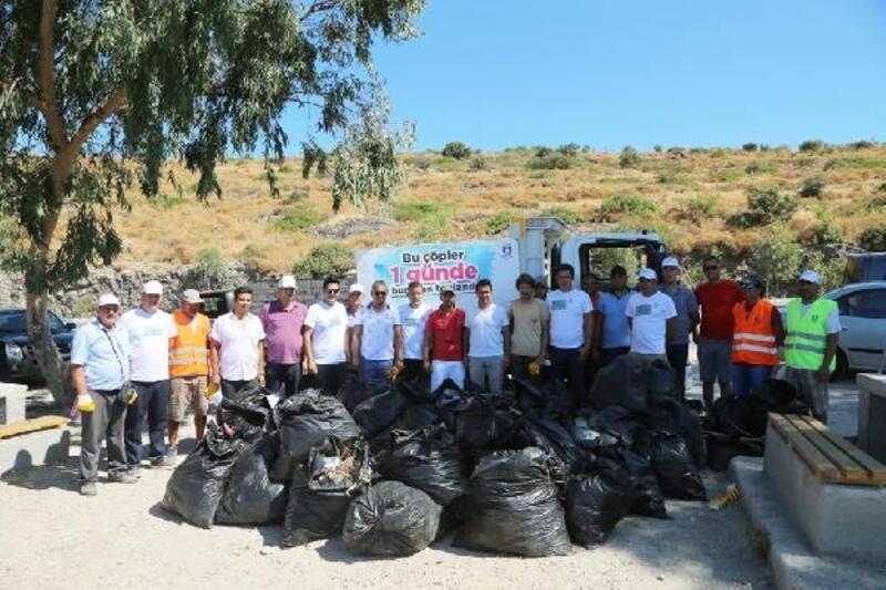 Bodrum'da 4 saatte 2 ton çöp toplandı