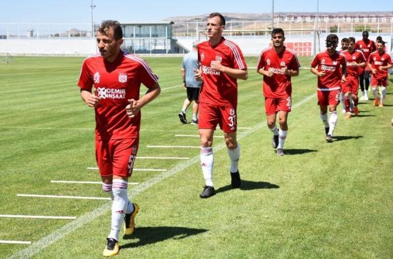 Demir Grup Sivasspor hazırlıklarını sürdürdü