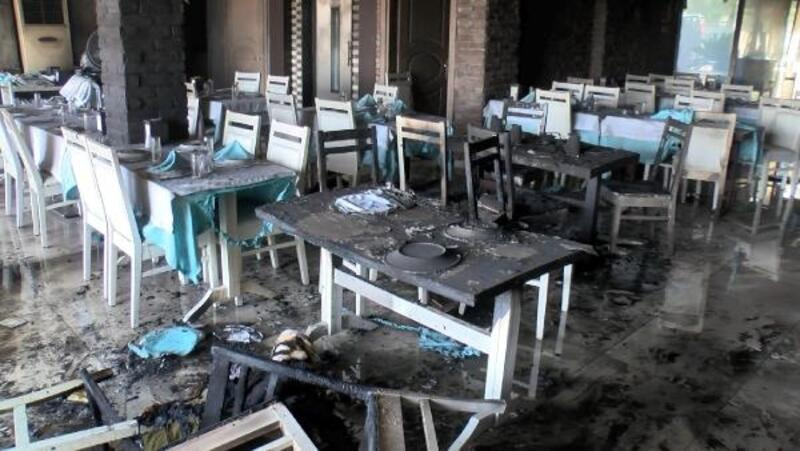 Parasını alamadığı iddiasıyla çalıştığı restoranı kundakladı