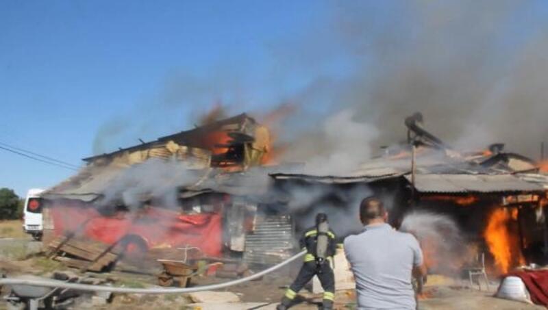 Sivas'ta, müstakil evde yangın