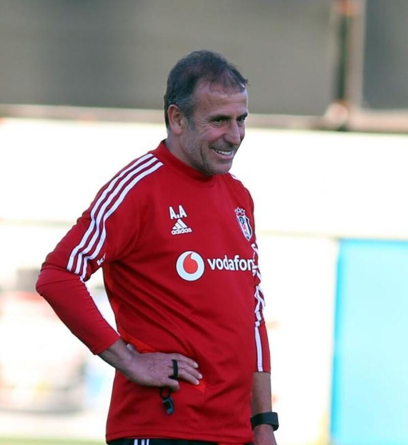 Beşiktaş'ta Victor Ruiz ilk antrenmanına çıktı