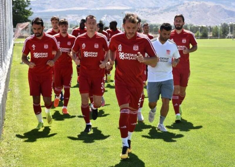 Demir Grup Sivasspor, yeni sezonhazırlıklarını sürdürdü