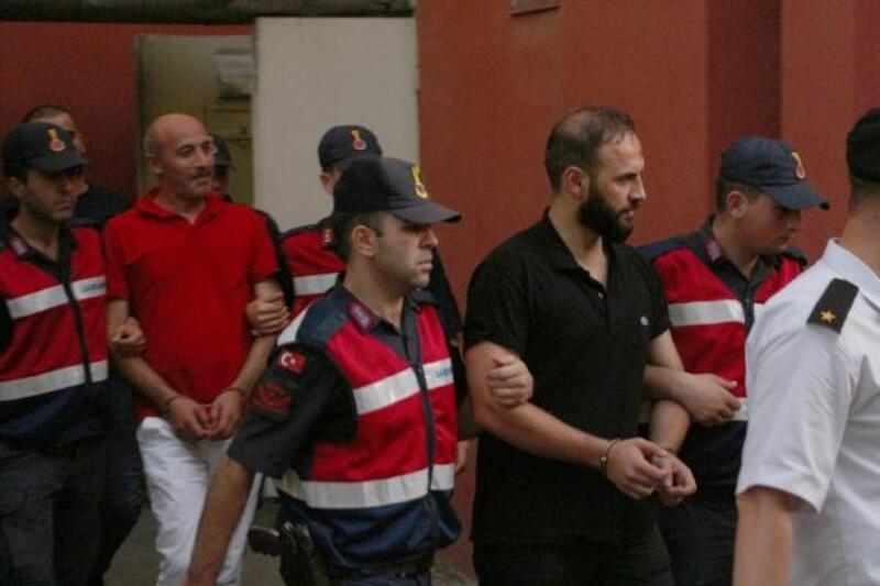 Restoran sahibine bomba patlatarak gözdağı veren 3 kişi tutuklandı