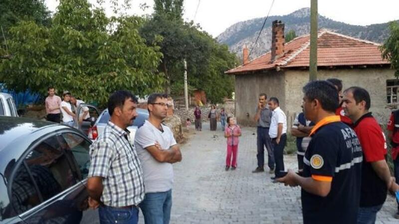 Deprem, Burdur'da 28 konutta hasara neden oldu