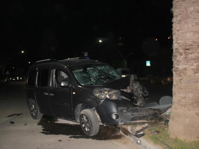Kaza yapan alkolllü sürücü, bahçede baygın bulundu