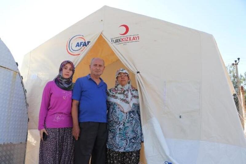 Depremi yaşayan Bozkurtlular bayrama buruk giriyor