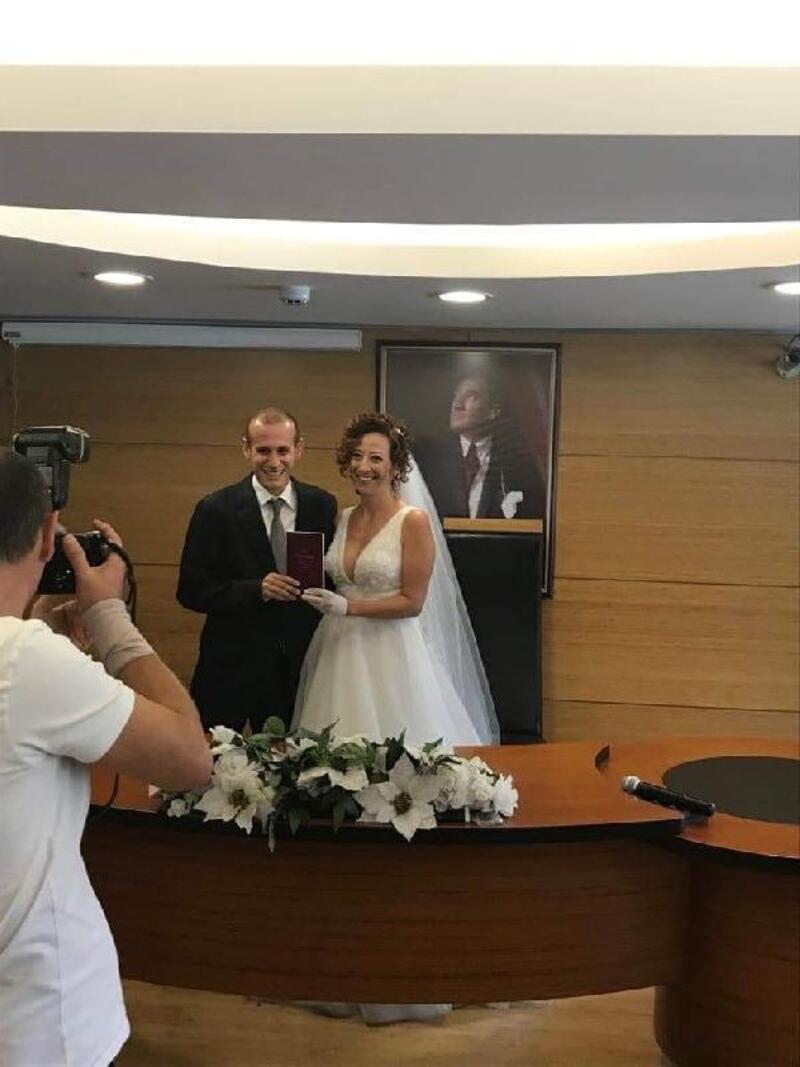 İstanbul'da düğün, Kaçkar Dağı zirvesinde balayı